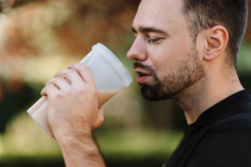 Odżywki białkowe – co trzeba o nich wiedzieć?