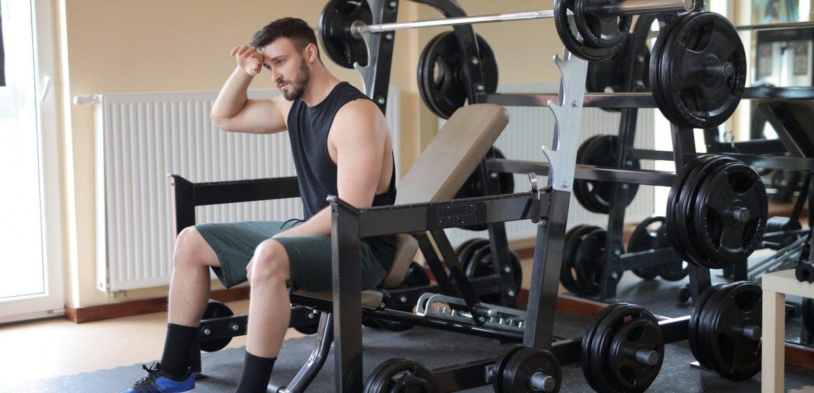 Jak samodzielnie urządzić siłownię w domu?