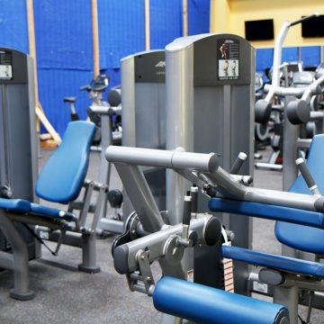 Siłownie i kluby fitness pozostaną zamknięte niemal do końca roku. Czy branża to przetrwa?
