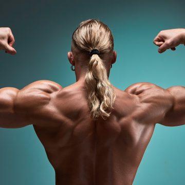 Jak umiejętnie rozbudować mięśnie kapturowe?
