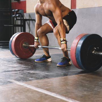 Młodzież w natarciu. 17-letni trójboista pokazał na treningu gigantyczny potencjał!