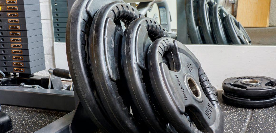 Jak właściwie dobrać obciążenie podczas treningu?
