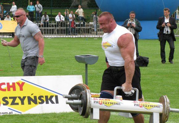 Najcięższy pojedynek świata odroczony! Legendarny polski strongman może zastąpić kontuzjowanego Eddiego Halla